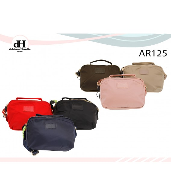 AR125